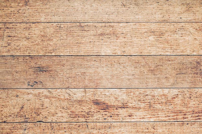 Old Farmwood Wallpaper